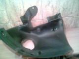 Aparatoare noroi contraaripa Renault Megane 2 stanga fata spre bara(habitaclu) (pt an fab '02-'09)