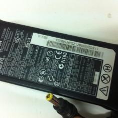 Alimentator - Incarcator AC Adaptter IBM de 16V-4, 5A - Incarcator Camera Video