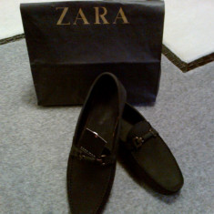 Vand Pantofi ZARA Barbati Model Nou Marime 43 - Pantof barbat Zara, Marime: 41, Culoare: Negru, Piele naturala