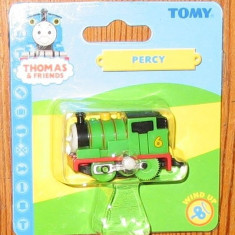 Thomas the Tank Engine Tomy Wind-Up trenulet - locomotiva PERCY - in ambalajul original - ( transport 2.6 RON la plata in avans ) - NOU