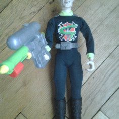 Figurina Professor Gangrene Action Man villain Doctor X cu arma pistol se umple trage cu apa rezervor lichid gen Lava Lamp la spate detaliat original - Figurina Desene animate