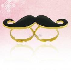 Inel fashion, model mustache ( mustata )