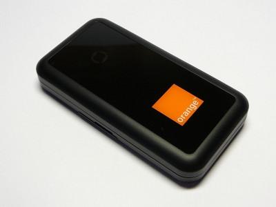MODEM 3G - HUAWEI E270 / E272 - DECODAT - Stick USB Cartela SIM Cosmote Orange Vodafone Zapp RDS-RCS-DIGI foto