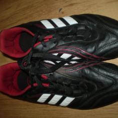 Ghete fotbal Adidas din piele, 37 1/3, Rose