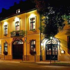 Hotel Aqua Eger, Ungaria - 2 nopți pentru 2 persoane în timpul săptămânii cu demipensiune - Circuit - Turism Extern