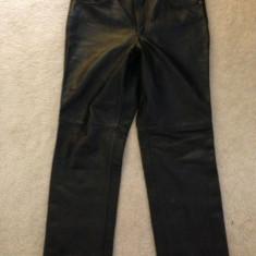 Pantaloni din piele naturala negrii unisex - Pantaloni dama, Marime: M/L, Culoare: Negru, Lungi