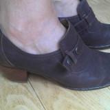 Pantofi din piele firma marimea 38,5,aproape noi!