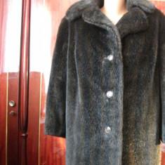 Vand haina imitatie nurca, absolut noua, lunga facuta pe comanda, cu serge pe interior, impecabila fara niciun defect. - haina de blana