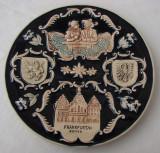 Superba farfurie mare din ceramica emailata cu blazonul orasului Frankfurt