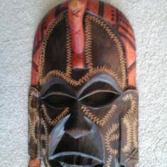 MASCA veche din lemn sculptat (KENIA) - Masca carnaval