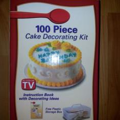 Set 100 piese pentru decorat torturi si prajituri - Forma prajitura