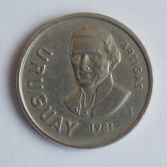 10 NUEVO PESOS URUGUAY 1981 XF