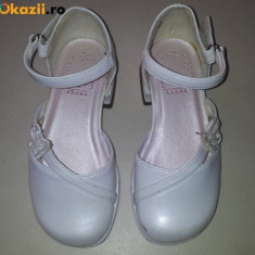 Pantofi albi, fete 3-4 ani, masura 7 M SUA, ca noi - Pantofi copii, Marime: Alta