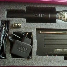 MICROFON WIRELESS PROFESIONAL , KIT KARAOKE WIRELESS