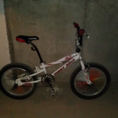 Bicicleta BMX Cobra First Bike, 15 inch, 16 inch, Numar viteze: 1, Aluminiu, Negru-Alb