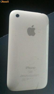 Vand Iphone 3gs alb...in stare foarte buna, accept schimb cu samsung galaxy s2 in stare foarte buna doar atat. foto