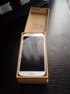 Samsung Galaxy S4-White foto