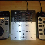 CONSOLA ( 2 X CD + Mixer NU PIONEER , DENON )