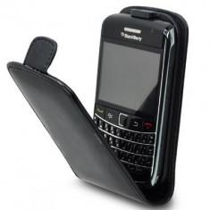 husa neagra piele flip Blackberry 9700