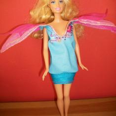 Barbie cu rochita cu 2 fete - Papusa
