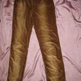 Pantaloni Gianfranco Ferre - Pantaloni dama Gianfranco Ferre, Marime: M, Lungi, Maro, M, Catifea