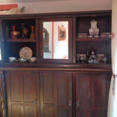 mobila veche brancoveneasca