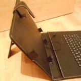 Husa cu tastatura pentru tableta de 10.1 inch