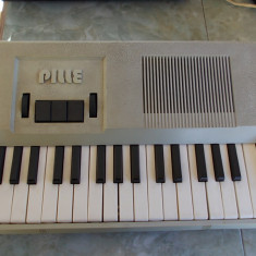 JUCARIE DE COLECTIE, PIAN, MADE IN USSR, RUSESC ! ANII 80 . - Instrumente muzicale copii