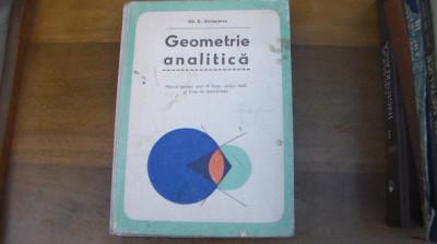 Geometrie analitica / anul- III- liceu / 1976 foto