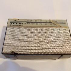 Radio portabil Zefir S631 TN2, Electronica, 7 tranzistoare, anul 1963, Functioneaza ! Un radio de colectie ! - Aparat radio