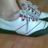 Pantofi din piele firma Clarks marimea 39, arata ca noi!