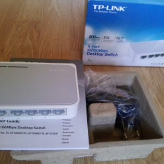 Switch TP-LINK TL-SF1005D - 5 porturi - 10/100 Mbps