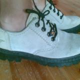 Pantofi din piele marimea 38,purtati o singura data!