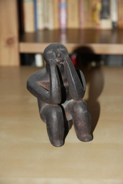 Ganditorul de la Hamangia, cultura neolitica din mileniul IV-II i.Hr.