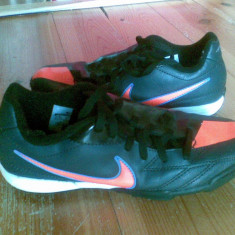 Adidasi Nike marimea 35, 5, arata excelent! - Adidasi copii Nike, Culoare: Negru, Unisex