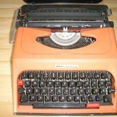 Masina de scris ANTARES COMPACT 326+banda noua de scris
