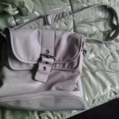 Vand geanta dama Etam alba model deosebit
