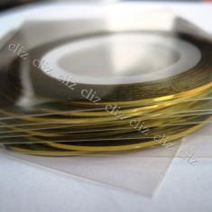 Banda aurie benzi aurii autoadeziv pentru decorare unghii aur - Model unghii