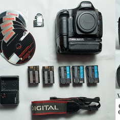 Vand canon 5D Classic MKI + Grip si 5 acumulatori - DSLR Canon, Body (doar corp), 12 Mpx