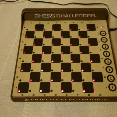 SAH ELECTRONIC LED SENSORY CHESS CHALLENGER 8 MADE IN USA MIAMI FLORIDA ORIGINAL 1980 RON NELSON - Table sah