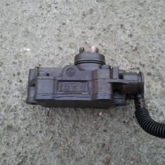 Pompa vacuum Mercedes W210 E220 CDI ORIGINALA - Pompa vacuum auto