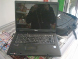 Laptop Fujitsu Siemens Amilo Li2727+HUSA TRUST (pretul este 800 RON negociabil)