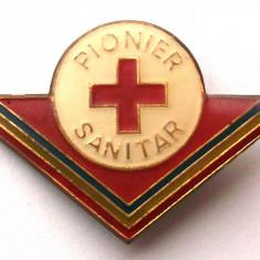 ROMANIA INSIGNA PIONIERI PIONIER SANITAR FARA CLASIFICARE - mare 28 x 42 mm **, Romania de la 1950