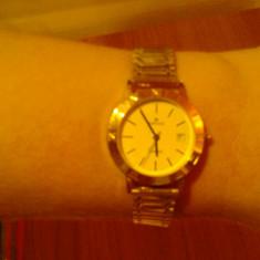 Ceas de aur, dama, 38gr aur de 18k . Bratara, carcasa, piesele sunt din aur 18 k ( nu suflate cu aur ). Ideal pentru cadou . - Ceas dama, Analog