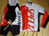 Echipament ciclism complet iarna toamna specialized rosu cu thermal fleece