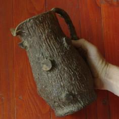 Carafa din sticla imbracata in imitatie scoarta de copac - artizanat anii 80 !!! - Arta din Sticla