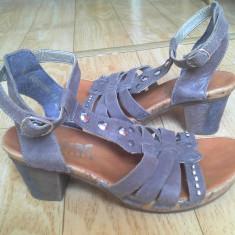 Sandale din piele firma Rieker marimea 38, arata impecabil! - Sandale dama Rieker, Maro
