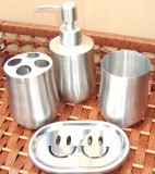 Set baie inox cu suport sapun,dozator, pahare apa si periute, inox