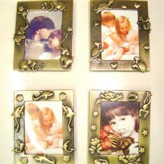Set 12 Rame magnet Foto din metal 5 x 4 cm, marturii nunta botez