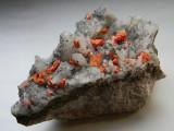Mineral din colectie - REALGAR PE CUART